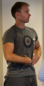 Joakim from Balans Pilates Studio teaching a beginners class in Perth