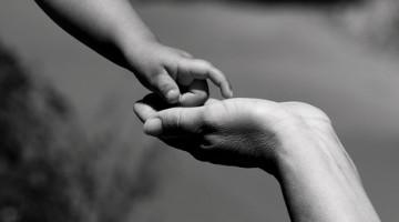hands-mums.jpg